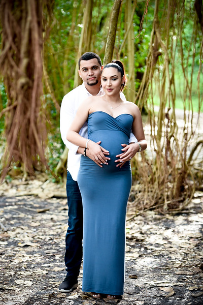 Gaelle and Stephen Maternity Shoot