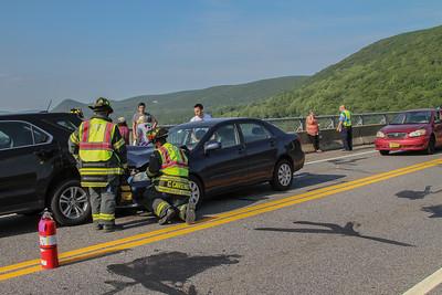 6-1-16 MVA With Injuries, Bear Mountain Bridge, Photos By Bob Rimm