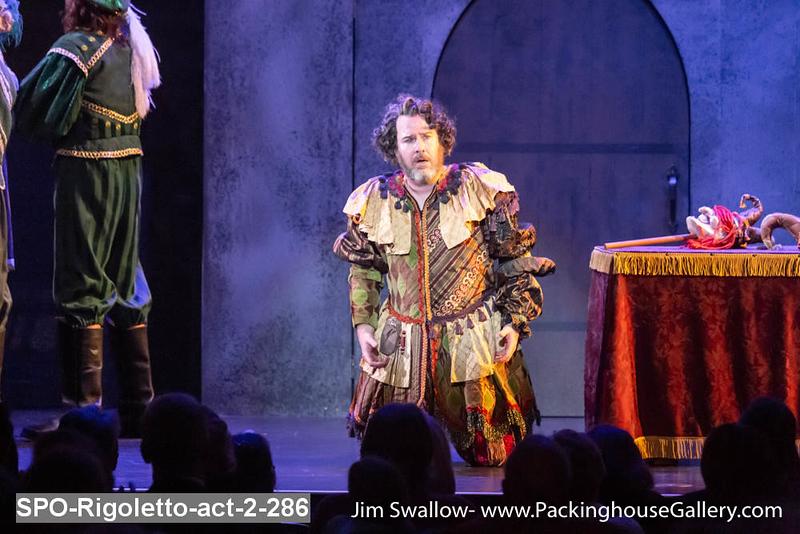 SPO-Rigoletto-act-2-286.jpg