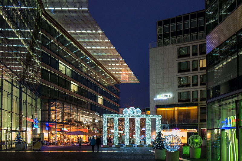 Weihnachtsmarkt in Berlin, Kaiser Wilhelm Memorial Church