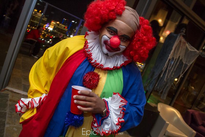103013 Halloween Suite Party-6552.jpg