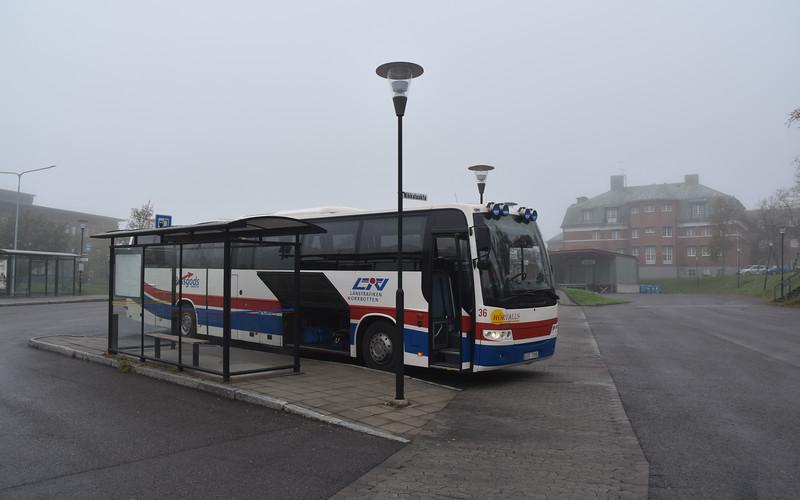 The 92 bus to Nikkaulokta