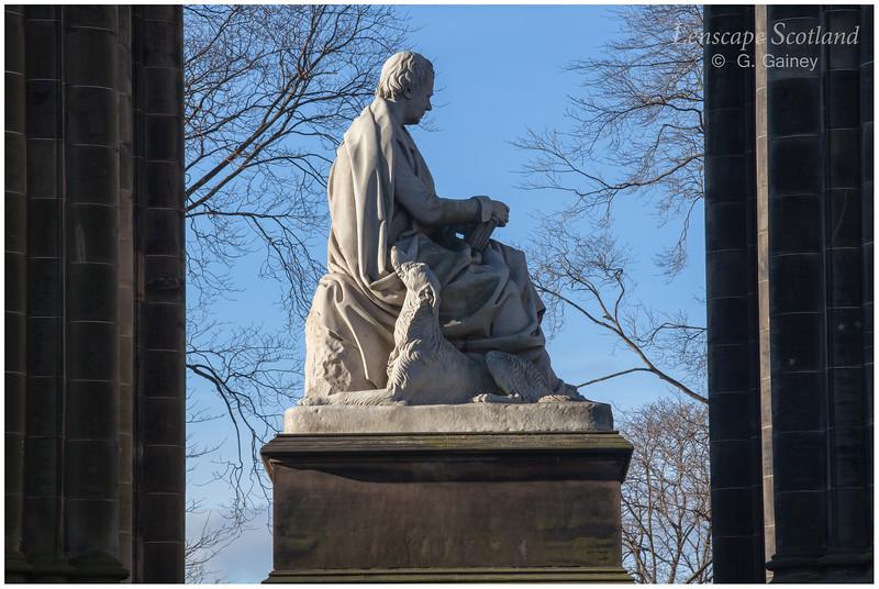 Sir Walter Scott statue, Scott Monument (1)