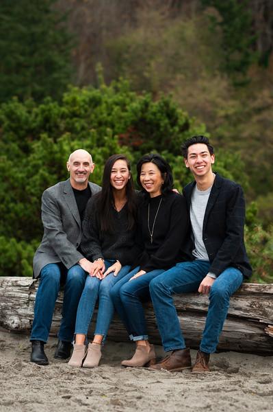 2018-1125 Reasoner Family Portraits - GMD1032.jpg