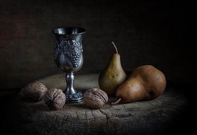 Felix Shparberg - Pears&Walnuts