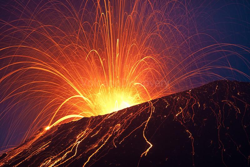 krakatau_i1787.jpg