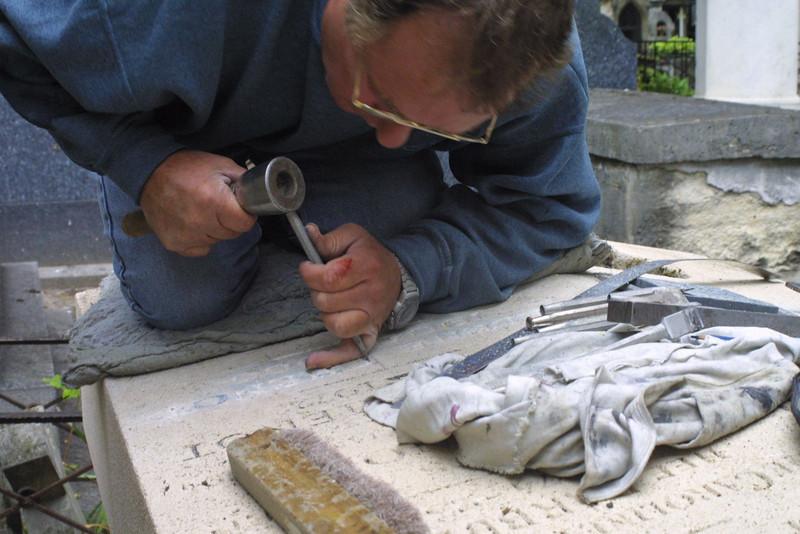Cemetery Stone Carver Montemartre Paris