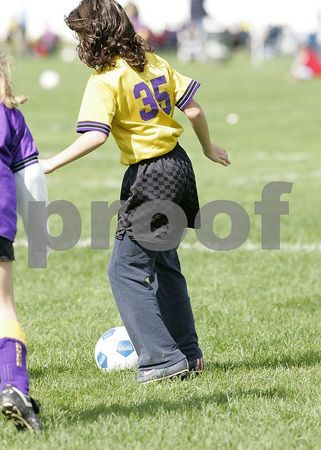 10/16/2005 (Girls U10) Hurricanes vs Pirates