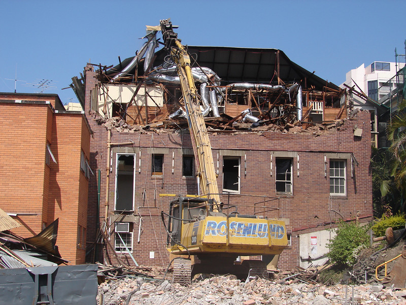 Chaplin Building demolition 012.jpg