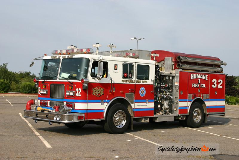 Pottsville (Humane Fire Co. 1) Engine 32: 1999 Seagrave 2250/500/35