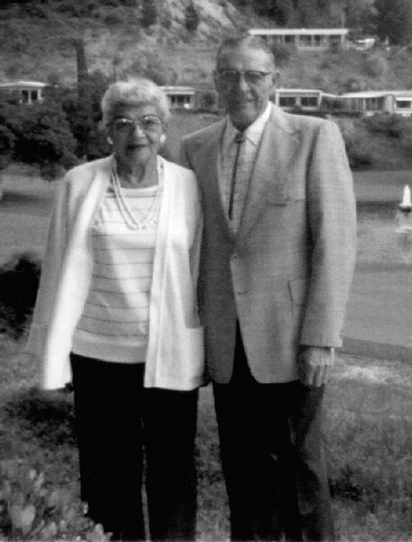 Agnes & Carl Foote at Lawrence Welk Village