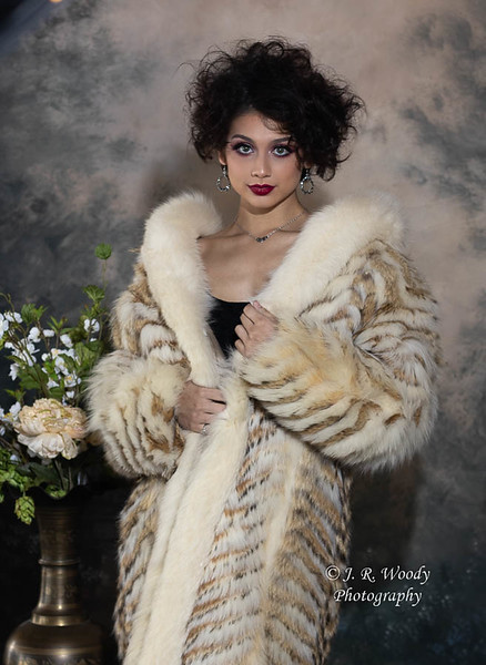 Winter Fashion_Binder Gardens_01132020-27.jpg