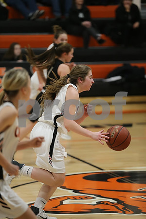 2019 Girls Basketball action