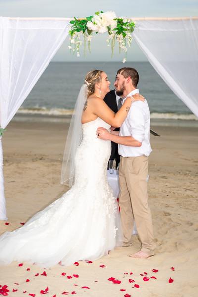 VBWC BEIL 09042019 Buckroe Beach Wedding Image #46 (C) Robert Hamm.jpg