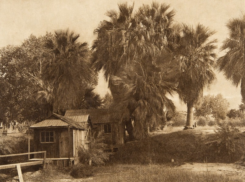 Modern houses at Palm Springs - Cahuilla (The North American Indian, v. XV. Norwood, MA, The Plimpton Press, 1926)
