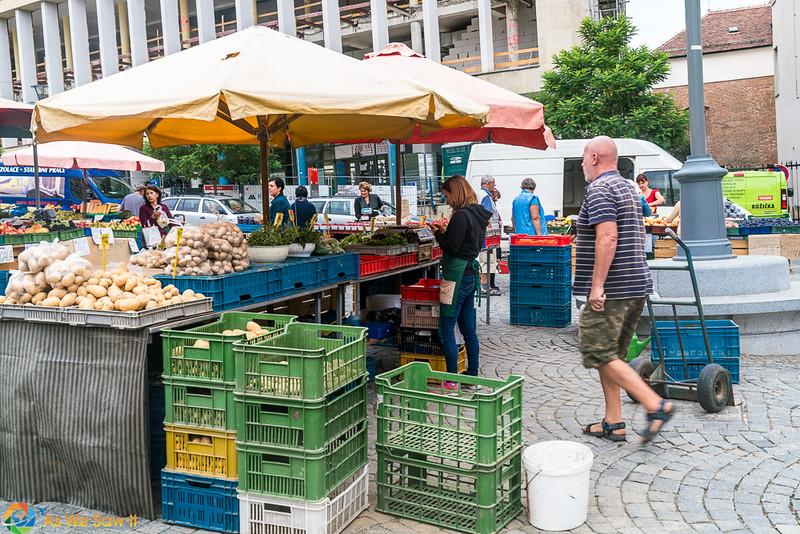 Cabbage-Market-04322.jpg