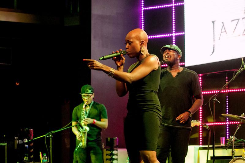 The Jazz Diva Presents - Jeff Bradshaw with Innertwyned feat. Shelby J 002.jpg