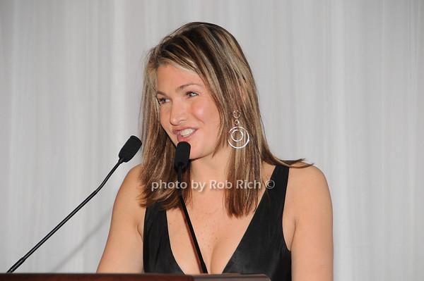 Eliza Osborne photo by Rob Rich © 2010 robwayne1@aol.com 516-676-3939