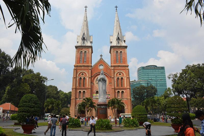 Notre Dame Cathédrale City Hall (HCMC, Vietnam 2016)