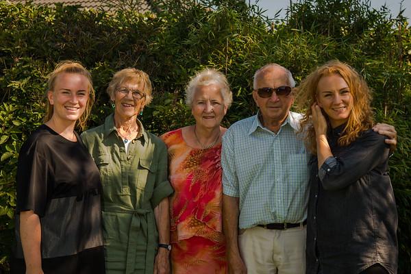 Mette, Lise og Bedsterne