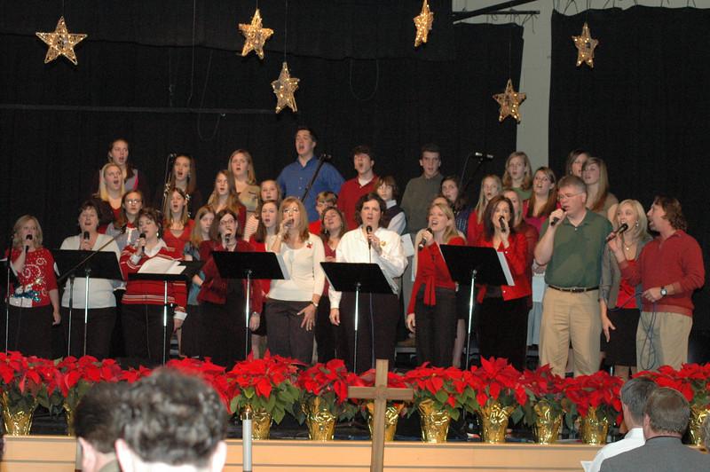 Asbury Youth Praise Christmas Concert 2007_24.JPG