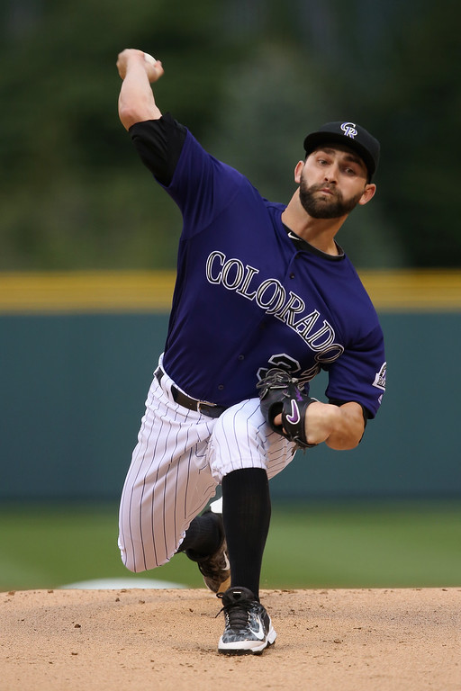 . Starting pitcher Tyler Chatwood #32 of the Colorado Rockies delivers against the Los Angeles Dodgers at Coors Field on April 23, 2016 in Denver, Colorado (Photo by Doug Pensinger/Getty Images)