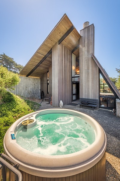 Front Patio with Hot Tub