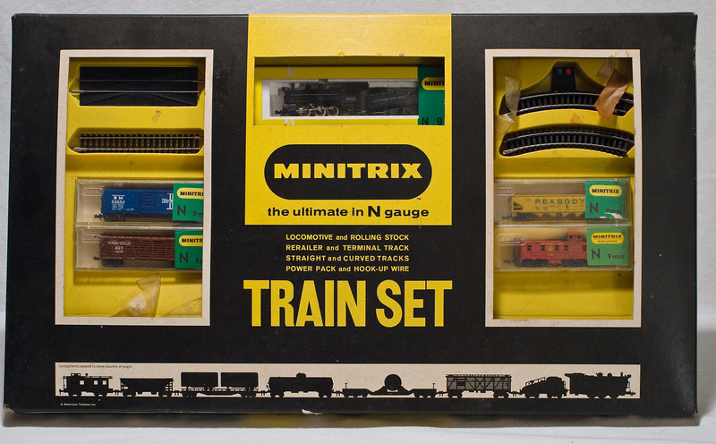 Minitrix N-gauge train set  At Robillard.