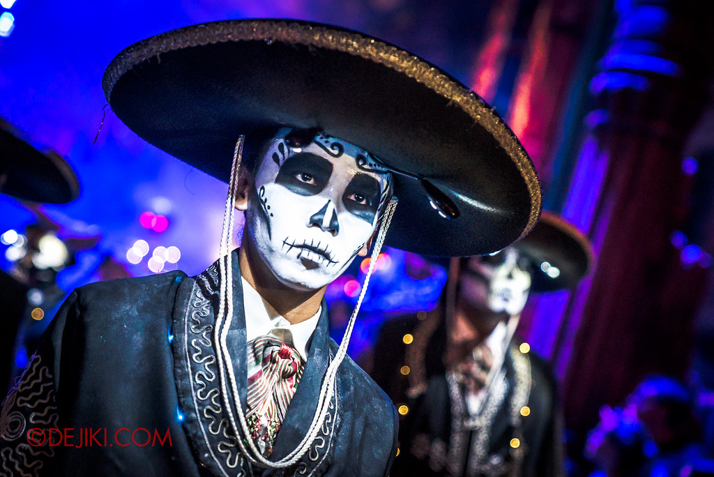 Halloween Horror Nights 6 - March of the Dead / Death March - The Band, Lead