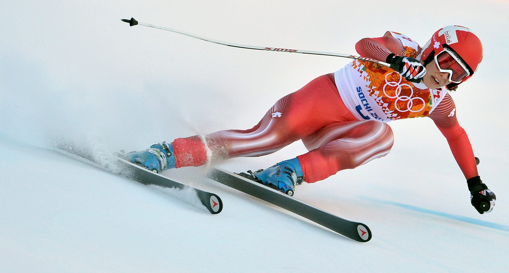 . epa04070970 Dominique Gisin of Switzerland in action during the Women\'s Downhill race at the Rosa Khutor Alpine Center during the Sochi 2014 Olympic Games, Krasnaya Polyana, Russia, 12 February 2014.  EPA/JUSTIN LANE