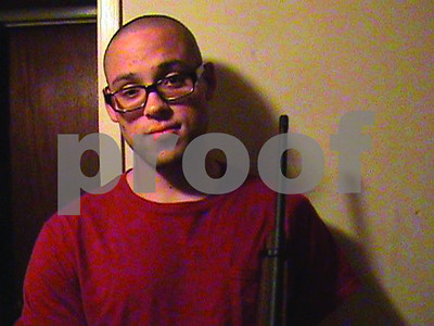 online-and-off-a-mystifying-portrait-of-the-oregon-college-gunman-emerges