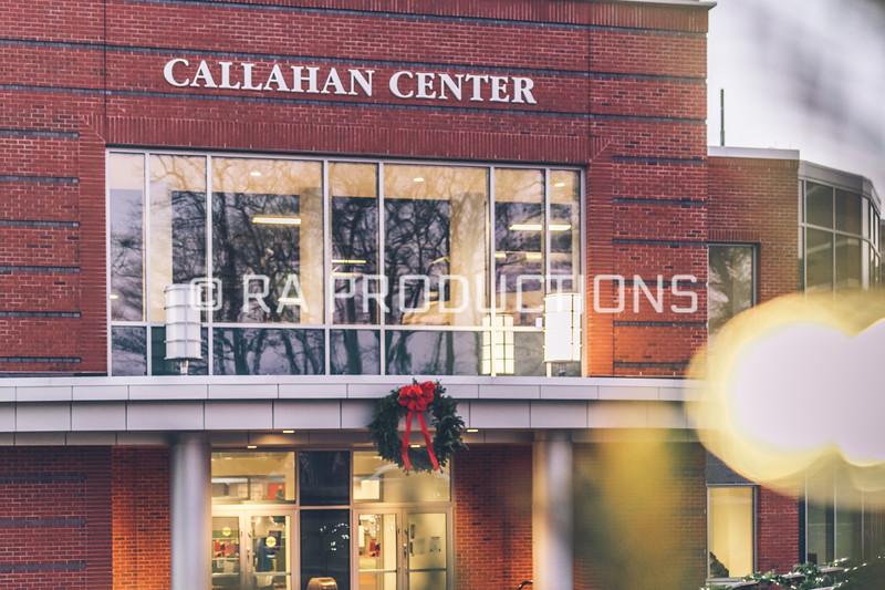 12042018_RAC_Campus-Wreaths-6.jpg