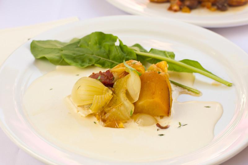 Maui onion tart tatin with Irish Whisky onion Anglaise sauce.jpg