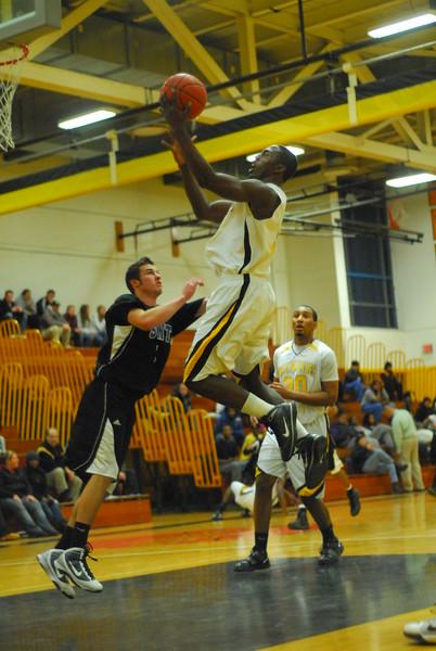 20100128_MCC Basketball_0043.JPG