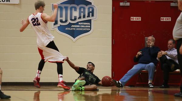2015 SCC Basketball vs Mesa 11-22-14