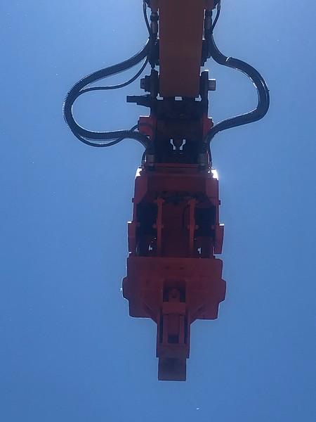NPK C8CSD sheet pile driver on Case CX210D excavator - Monroe Tractor  06-20 (15).jpg