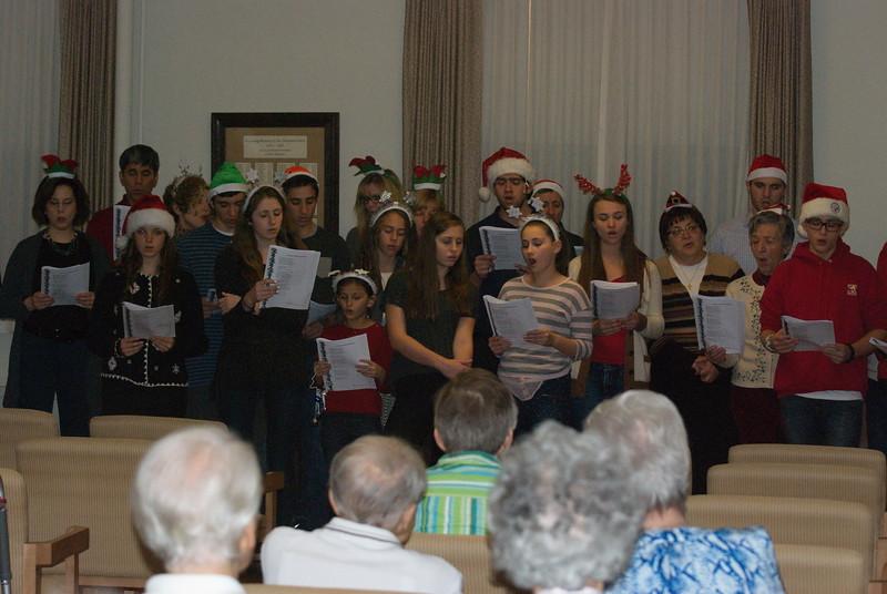 2014-12-10-Christmas-Caroling-at-Sisters-of-Divine-Providence_003.jpg