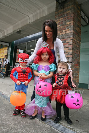 Downtown Trick or Treat 10-31-2013