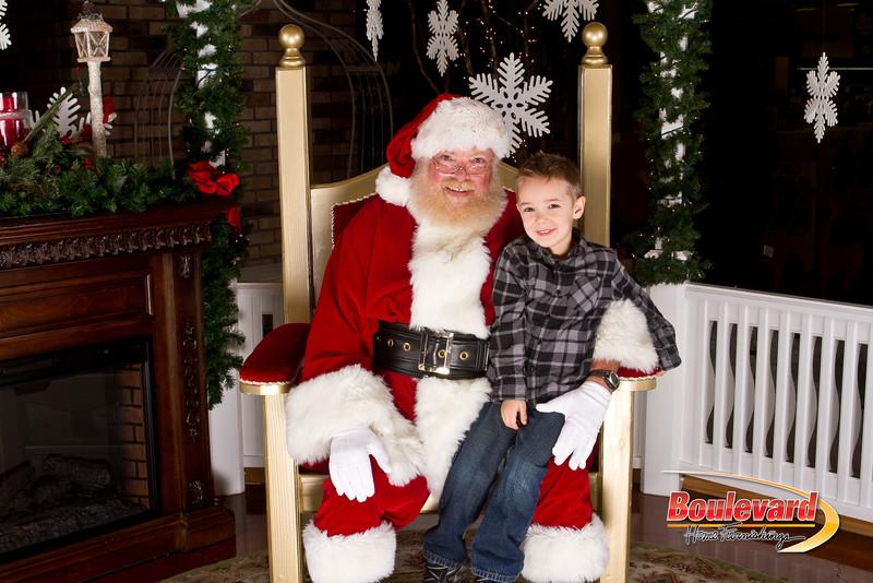 Santa Dec 15-76.jpg