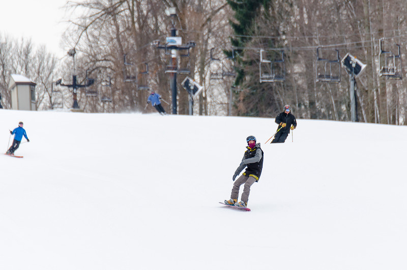 Opening-Day-Slopes-2014_Snow-Trails-70874.jpg