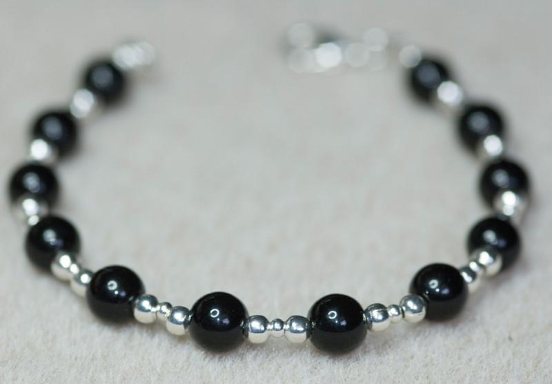 121117.0925w.braceletp.jpg