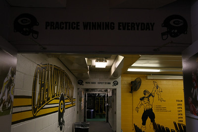2010-10-30 locker room