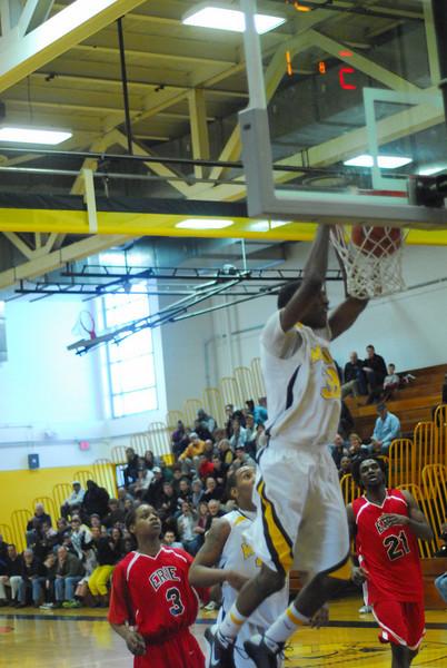 20090301_MCC Basketball_5604.JPG