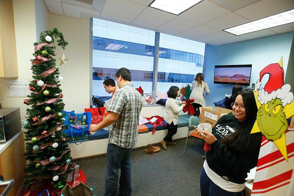 Holiday Decorating at CHOC