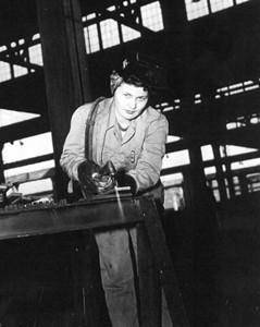 MILITARY-WWII-JAX-Wynona P. Ely-USN-ROSIE-WELDER.jpg