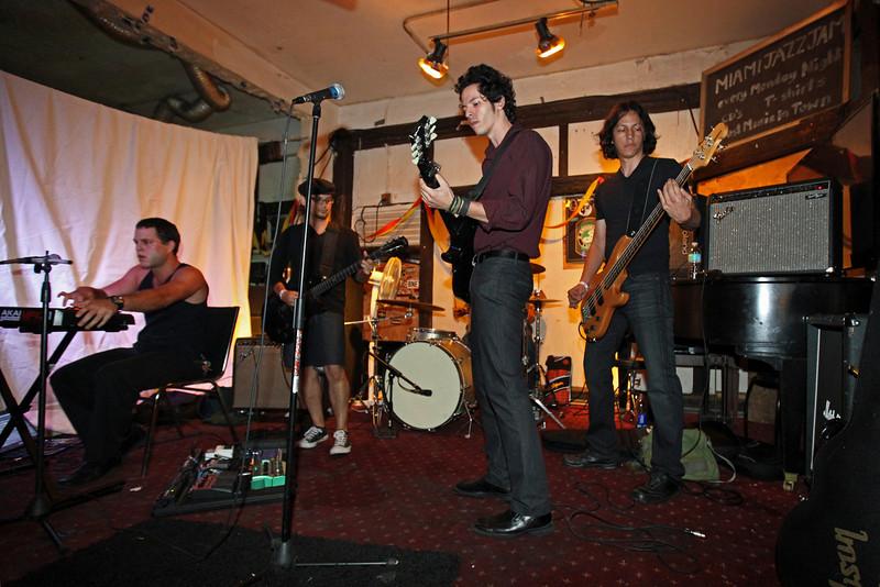 G2 Hialeah Fest 2010 (370).JPG