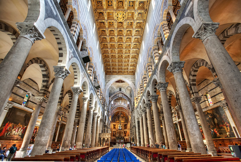 pisa-cathedral-interior-wide-angle.jpg