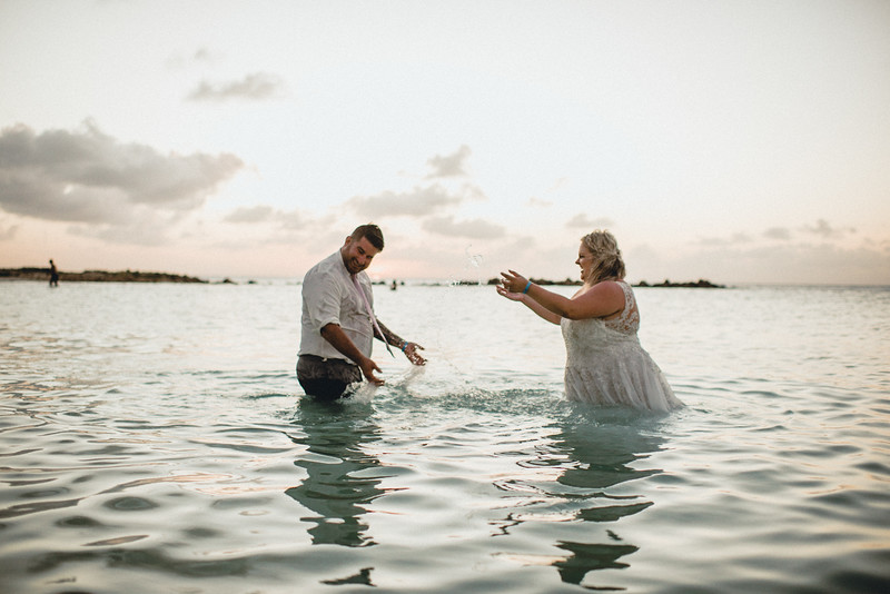Requiem Images - Aruba Riu Palace Caribbean - Luxury Destination Wedding Photographer - Day after - Megan Aaron -23.jpg
