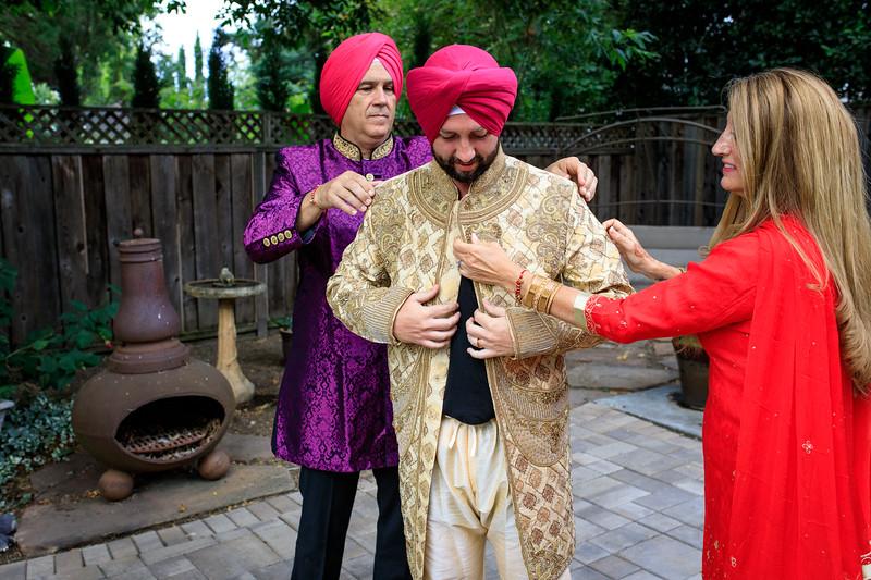 Neelam_and_Matt_Gurdwara_Wedding-1142.jpg
