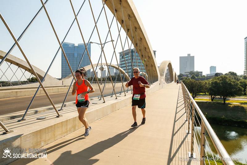 Fort Worth-Social Running_917-0423.jpg